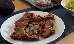 After-Eight-Brownies vor dem Servieren...